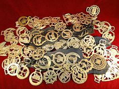 156) Very large collection of vintage horse brasses Est. £25-£35