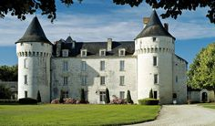Chateau de Marcay, France..... oh so lovely.... a special 4 days in this magical location....  the fields of sunflowers, the pork stew in the little town of Chinon, our room in the former stables.... what's not to like....