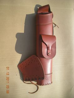 leather back quiver hand made by traditionalleather on Etsy, $130.00