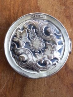 Antique-Victorian-Webster-Co-Sterling-Silver-Tape-Measure