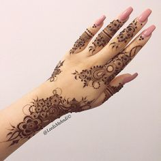 Discover and shop a range of henna products and services, including bridal henna and temporary henna flash tattoos. Leeds Mehndi is an award-winning internationally recognised brand founded by a self-taught professional henna mehndi artist. Henna Art Designs, Modern Mehndi Designs, Mehndi Designs For Fingers, Mehndi Design Pictures, Beautiful Henna Designs, Bridal Mehndi Designs, Dulhan Mehndi Designs, Bridal Henna, Arabic Mehndi Designs