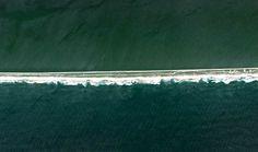 As maravilhas naturais do Brasil vistas do espaço - Restinga da Marambaia