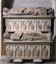Double Tomb of Don Àlvar Rodrigo de Cabrera, Count of Urgell and His Wife Cecília of Foix, ca. 1300-1350. Catalan. The Metropolitan Museum of Art, New York. The Cloisters Collection, 1948. (48.140.1a–d)