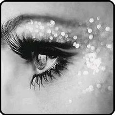 black & silver glitter eye. Lovin the long lashes.
