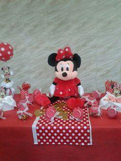 Souvenirs by Lore Outeda.  Decoración by Dinora Outeda.