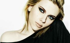 Scarlett Johansson - Photoshoot For Saturday Night Live Scarlett Johansson Wallpaper, Scarlett Johansson Photoshoot, Eye Makeup, Hair Makeup, Deep Set Eyes, Actress Wallpaper, Celebrity Wallpapers, Saturday Night Live, Black And White Colour