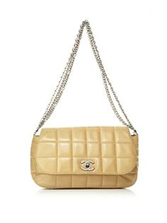 Chanel quilted bag.... just amazing.....