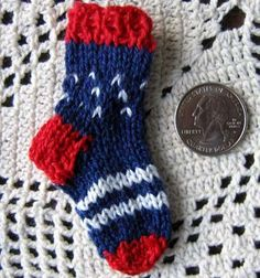 US Patriotic Patterns - Ravelry: Patriotic Mini-Sock Pin pattern by Kathy North Knitting Socks, Baby Knitting, Baby Lovies, Cast Off, Crazy Socks, Knitting Videos, Cute Pins, Knit Or Crochet, Fabric Crafts