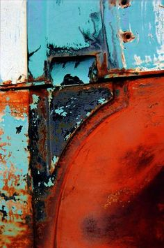 Blue white poppy red; living room color palette? Minimal Photography, Abstract Photography, Rust Never Sleeps, Rust In Peace, Nature Artwork, Peeling Paint, Rusty Metal, Light Texture, Red Poppies