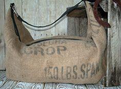 He encontrado este interesante anuncio de Etsy en https://www.etsy.com/es/listing/185828579/burlap-bag-burlap-handbag-duffel-bag
