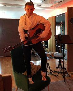 Mac is playing guitar 💜💜 Cute Twins, Cute Boys, Dream Boyfriend, Boys Socks, Twin Boys, Playing Guitar, Hot Guys, Hot Men, True Love