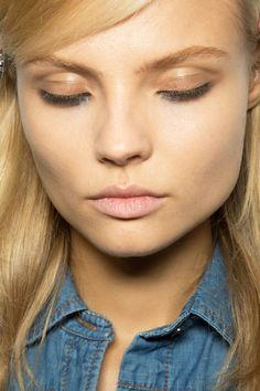 Neutral Lips & Smudged with black kohl lower eyelids #Makeup
