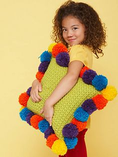 Kids' rooms and play areas become more colorful and fun with this pillow! Shown in Bernat Super Value.