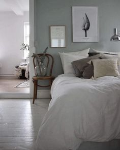 my scandinavian home: Pale green and white bedroom in the calm Danish home of Emilie Schwartzlose Home Bedroom, Bedroom Interior, Bedroom Decor, Beautiful Bedrooms, Bedroom Green, Bedroom Color Schemes, Bedroom Colors, Remodel Bedroom, Master Bedroom Colors