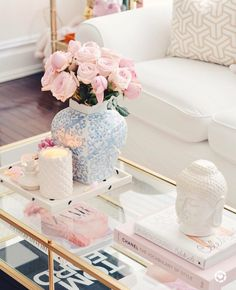 15 Beautiful Homes That Are Sure To Make Your Heart Skip A Beat. Lovely cute home accessories and table arrangement