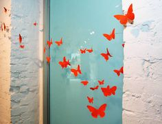 Bromeliad: DIY Wednesday: Make easy paper butterflies - Fashion and home decor DIY and inspiration Butterfly Project, Butterfly Crafts, Paper Butterflies, Beautiful Butterflies, Diy Crafts For Gifts, Paper Crafts, Art Education Lessons, Butterfly Fashion, Aluminum Cans