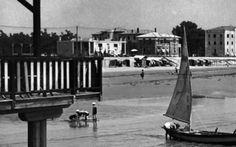 LIGNANO SABBIADORO Il Lungomare agli inizi degli anni 30. Street View, Pictures