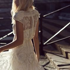would love this on tahna with different clour under lace and knee lenth. lace slightly longer than under dress.