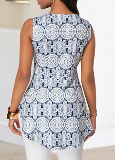 Quarter Zip V Neck Asymmetric Hem Blouse Blouse Styles, Blouse Designs, Long African Dresses, African Tops, Sewing Blouses, African Print Fashion, Crepe Dress, Elegant Dresses, Knitwear
