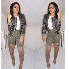 Fall & winter outfit - Camo jacket, green ripped jeans & tan boots