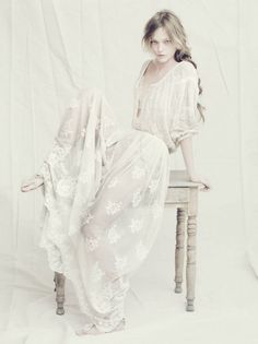 #fantasy #white #princess #lacedress