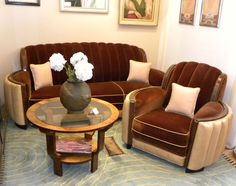 Art Deco Sofa, Art Deco Living Room, Art Nouveau Furniture, Art Deco Decor, Art Deco Design, Couch Furniture, Hall Furniture, Muebles Art Deco, Funky Chairs