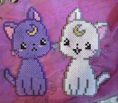 Luna and Artemis - Sailor Moon perler beads by ZombieLolitaPrincess Perler Bead Templates, Diy Perler Beads, Pearler Bead Patterns, Perler Bead Art, Perler Patterns, Sailor Moon, Luna E Artemis, Pixel Anime, Modele Pixel Art