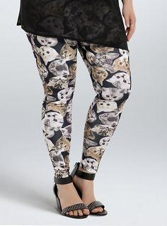 Estas leggings con inscripciones de gatos (US$34,50):
