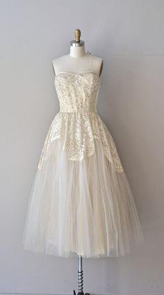 Sonetto 116 wedding dress vintage 1950s wedding by DearGolden