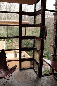 Fallingwater/ Kaufmann Residence. Frank Lloyd Wright. 1936-1939, Bear Run, Pennsylvania