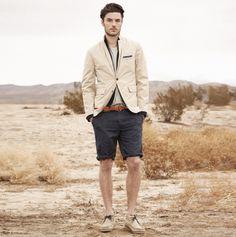 Lovely, subtle sport coat. Great shorts.