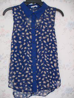 Blusa color azul de cuello