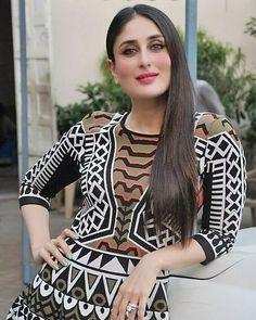 Kareena Kapoor Saree, Beautiful Bollywood Actress, Indian Celebrities, Indian Beauty, Actresses, Blazer, Gallery, Hot, Baby