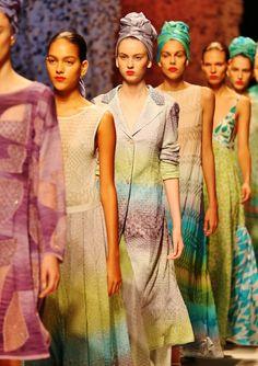 La leggerezza della donna Missoni Estate 2015 - http://www.2fashionsisters.com/la-leggerezza-donna-missoni/ - 2 Fashion Sisters Fashion Blog - #Estate2015, #Mfw, #Missoni