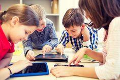 Tavoli touchscreen, stampanti 3D, visori per la realtà aumentata: cinque scuole hi-tech in Italia.