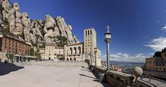 Benedictine monastery of Montserrat symbol of the Spanish region of Catalonia receives annually visited by thousands of pilgrims and tourists.