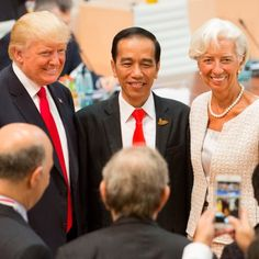 Hamburg –Presiden Amerika Serikat (AS) Donald Trump mempublikasi dirinya tengah bersama Presiden Indonesia Joko Widodo melalui akun Instagram @realdonaldtrump.
