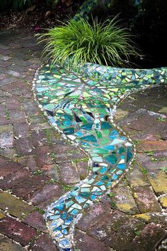 60 Magnificent DIY Mosaic Garden Path Decorations For Your. Get Inspired To DIY Your Own Garden Mosaics mozaik Mosaic garden. Pretty Diy Mosaic Decorations To Inspire Your Own Garden Garden Edging, Easy Garden, Garden Paths, Walkway Garden, Garden Landscaping, Garden Beds, Landscaping Ideas, Gravel Garden, Concrete Garden