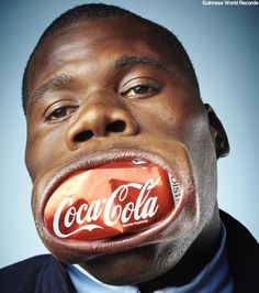 thedailywhat:  World's Widest Thing of the Day: Guinness World Records has officially recognized 20-year-old Francisco Domingo Joaquim of Angola as being the man with the widest mouth in the world — nearly 6.7 inches across! Morrissey reportedly impressed. [newslite.]   O_O