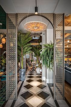 Hotel decoration ideas: Let's fall in love with the most amazing hotel decor that features a mid-century design Bar Interior Design, Restaurant Interior Design, Cafe Design, Design Hotel, Interior Modern, Asian Interior, Lobby Interior, Kitchen Interior, Luminaria Diy