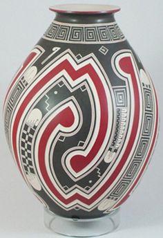 Quezada Band Motif Mata Ortiz Pottery Olla by Roberto Olivas