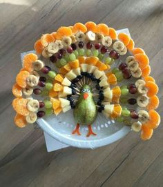 "Plant based thanksgiving fruit Plant based fruit ""turkey "" for Thanksgiving Fruit Turkey, Turkey Fruit Platter, Turkey Veggie Tray, Cheese Turkey, Turkey Food, Thanksgiving Snacks, Happy Thanksgiving, Thanksgiving Turkey, Thanksgiving Centerpieces"