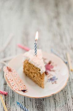 coconut cream cake from Kira Kira Neal Srivastava Sweet Recipes, Cake Recipes, Rustic Cake, Let Them Eat Cake, I Love Food, Birthday Candles, Cupcake Cakes, Sweet Tooth, Sweet Treats