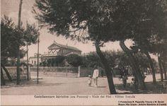 L'edificio in una foto storica del'900
