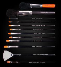 Mehron Stageline Makeup Brush www.mehron.com https://www.mehron.com/accessories/