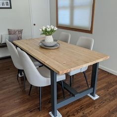 Set yourself up for success with a first apartment that is organized, functional and beautiful! Here's ten of our favorite easy to build plans, all in budget friendly materials. #anawhite #anawhiteplans #smallspaces #diy #diyfurniture #beginner