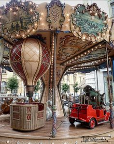 Steampunk Carosel. Awesome. I wish I could go to the Jersey gathering. Maybe next year