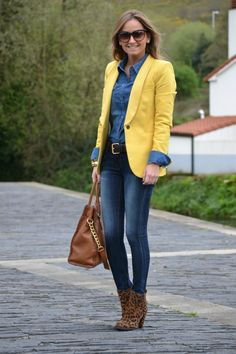 Denim y amarillo