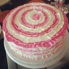 Pink & White Ruffles cake