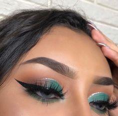23 Awesome eye makeup that helps to brighten up your day - eye makeup ideas ,eye shadow Day Eye Makeup, Makeup Eye Looks, Cute Makeup, Clown Makeup, Glam Makeup, Pretty Makeup, Makeup Art, Eyeshadow Makeup, Makeup Inspo
